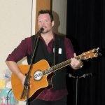 Dan Varner performs.