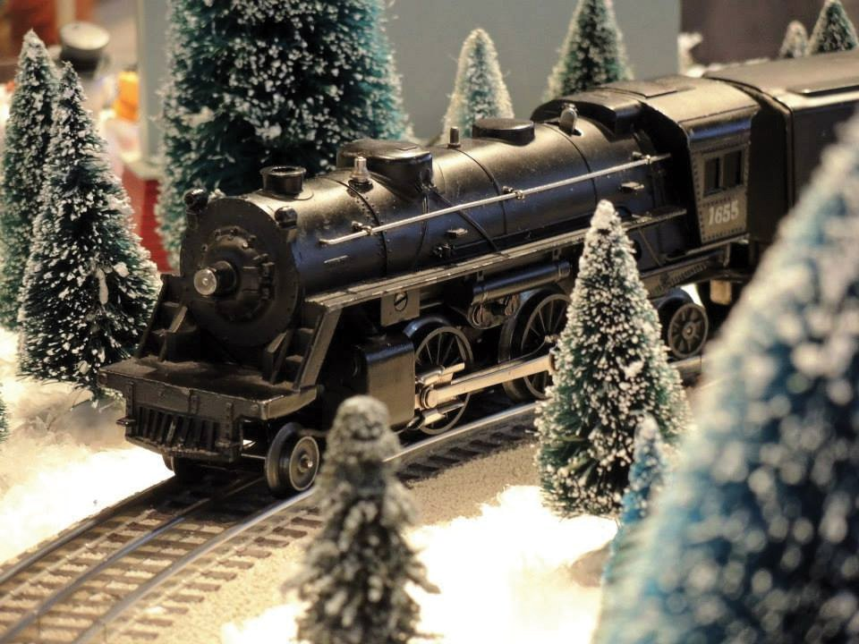 Holiday Toy Trains at Behringer-Crawford Museum