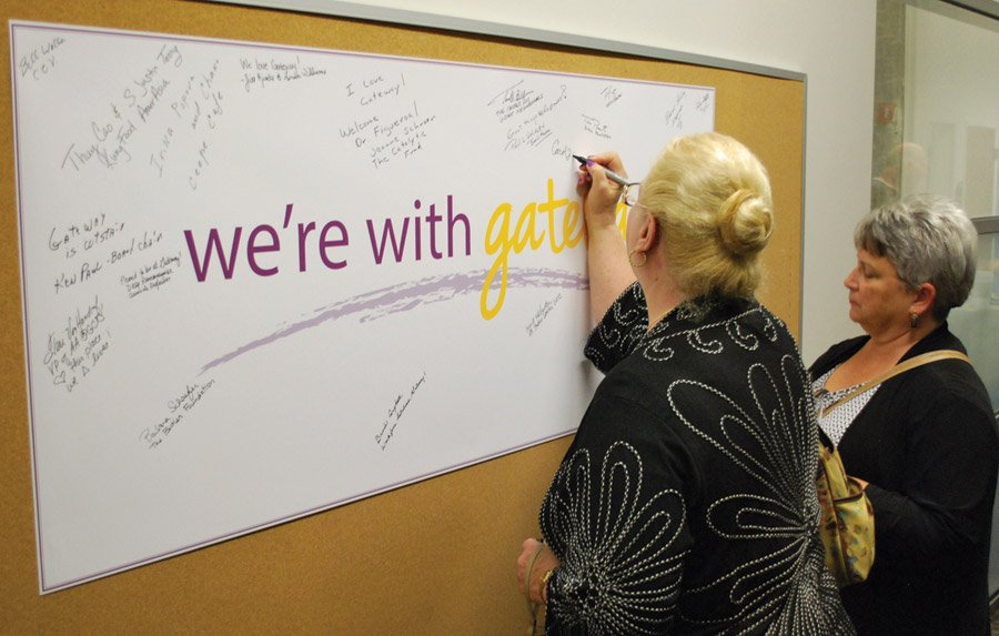 Attendees sign the pledge