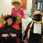 Volunteer Diane Lynch and friend Sandy Kienzle