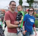 Teddy Chiaratti, with parents Nick and Katie (Sarah Thomsen Photography)