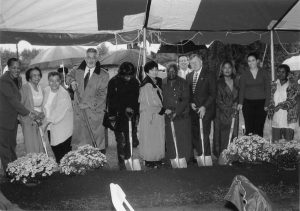 Groundbreaking for the new Lincoln Heights Health Center, 2002