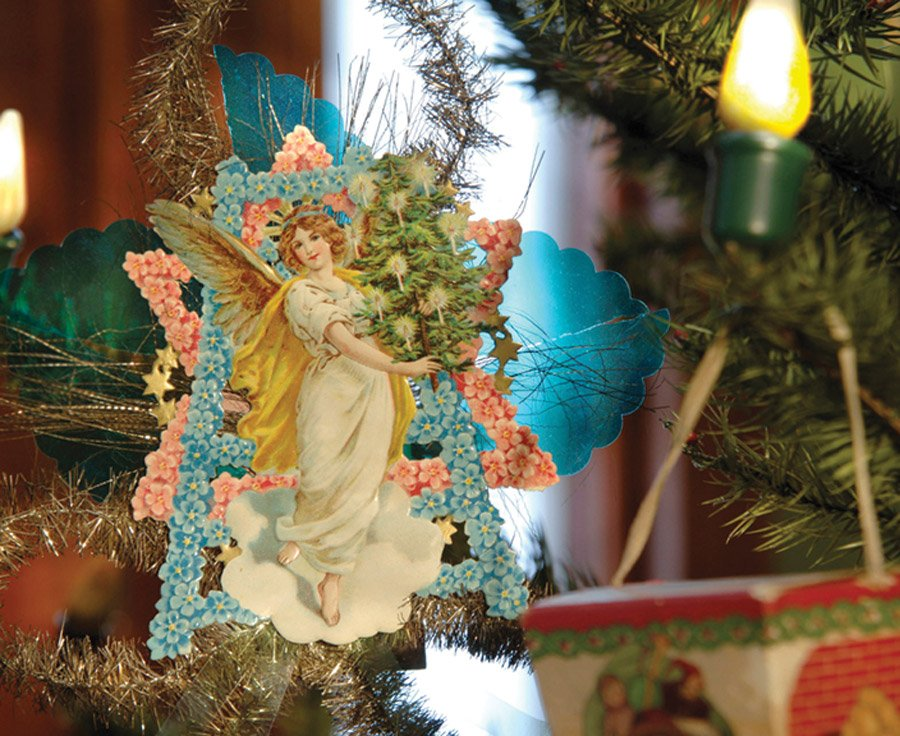 """Antique Christmas"" at Taft Museum"