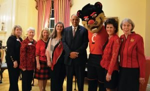 Cynthia Cole, Ellen Zemke, Marty Humes, Jennifer and Neville Pinto, Buffie Rixie and Mary Ellen Betz