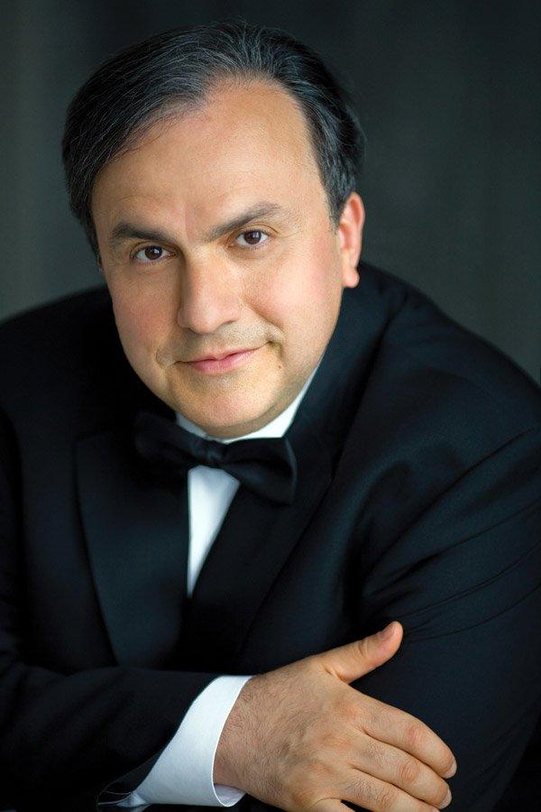 Pianist Yefim Bronfman (Photo: Dario Acosta)
